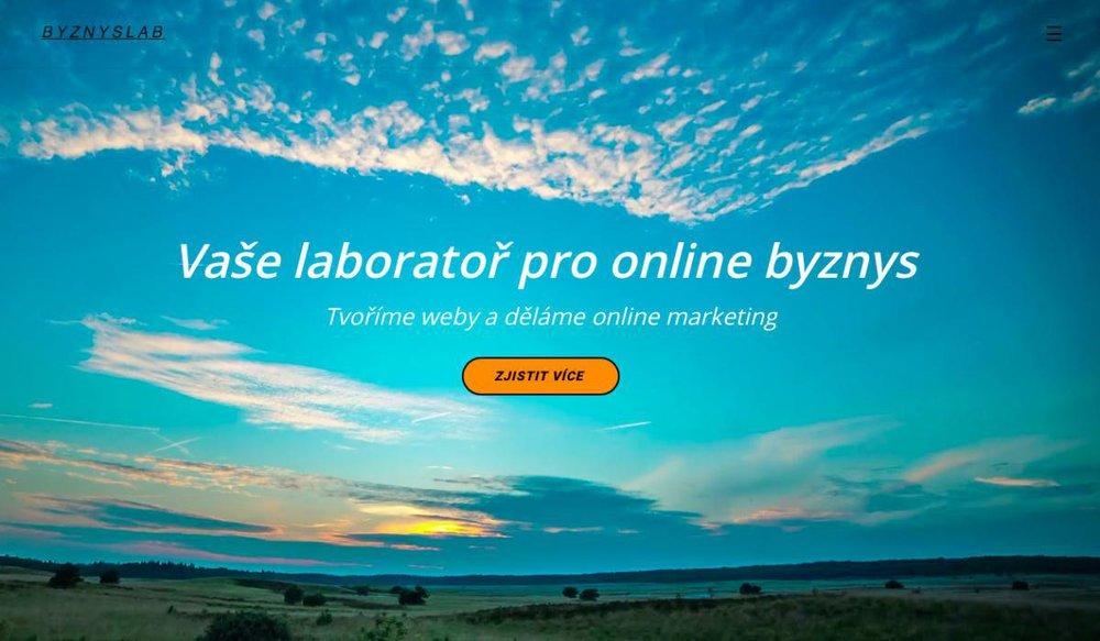 Jsme moderní freelance firma. Děláme kvalitní dostupné weby a chytrý online marketing. Pracujeme na dálku online. - Rybná 716/24, 110 00 Praha, Česká republika