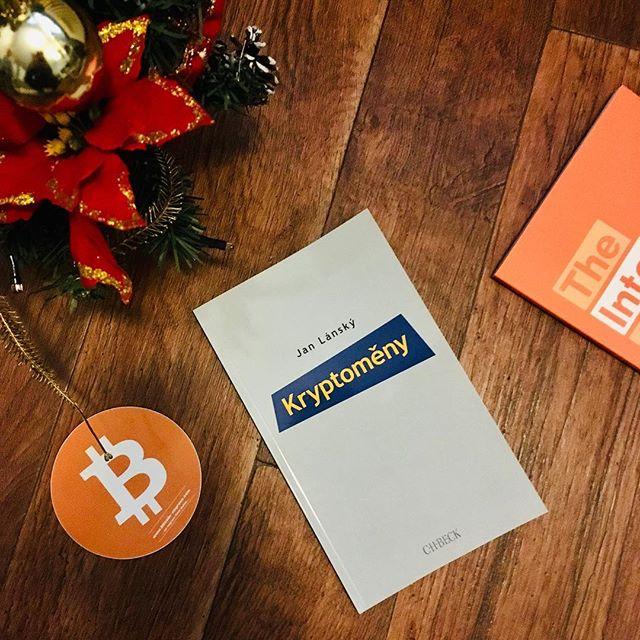 Čtení na Vánoce. Recenze bude následovat #cryptocurrency #bitcoin #kryptomeny #btc #bitcoinvpraxi