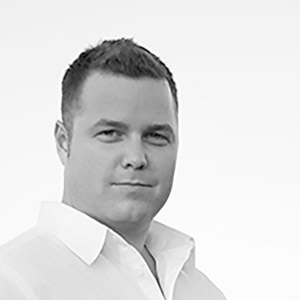 Ryan Stanton - Sales With years of experience in North American and International sales, Ryan is helping to find new markets and opportunities for the ArcLighter.