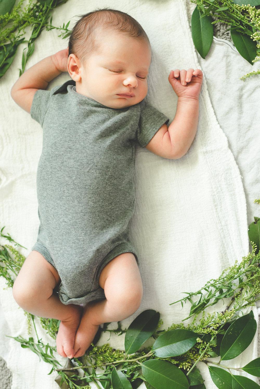Newborn Desmond-4.jpg