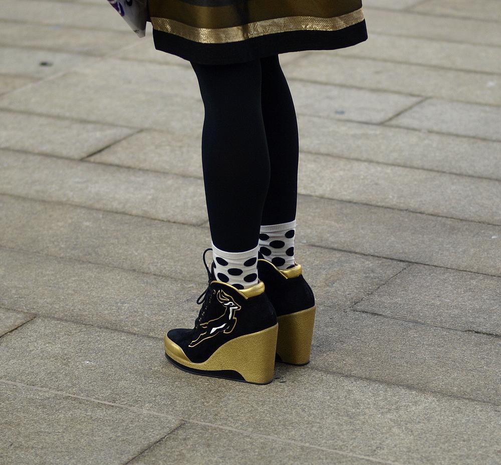 gold skirt 3.jpg