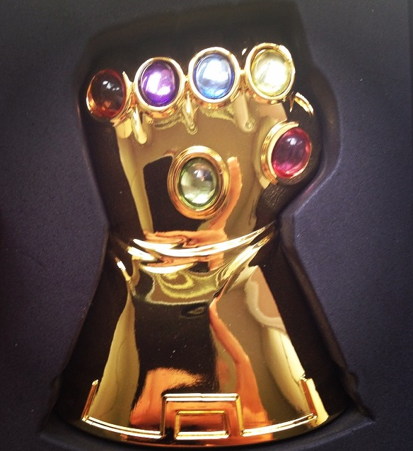 I even won this nifty Infinity Gauntlet bottle opener at a Diamond panel at Comic Con. See? No hard feelings.