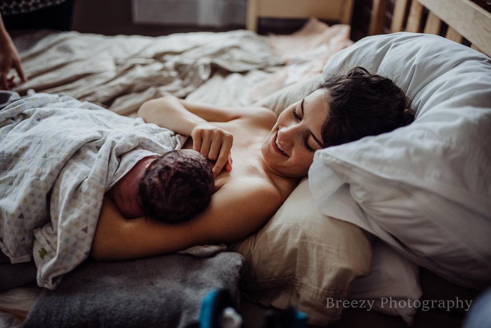 skin to skin, birth center, newborn