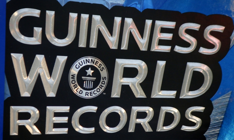 Guinness World Records.jpg