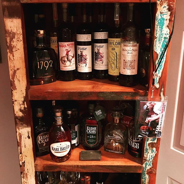 A #nashville friend @benniedapooh shared his collection!!! Whoa! #bourbon #whiskey #bourbongram #whiskeygram #instabourbon #instawhiskey #bourboncabinet #tennessee