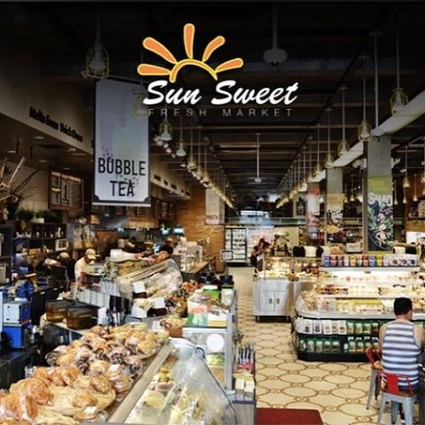 Midtown Manhattan rejoice!!! Good Leaf Smoothies are now available at Sun Sweet Market 838 6th Avenue (between 29th & 30th) @sunsweetfresh_market #goodleafsmoothies #thegoodleaf #smoothie #smoothies #greensmoothie #organic #organicfood #nongmo #vegan #vegetarian #nutrition #health #healthy #healthyfood #healthyeating #diet #weightloss #wellness #weightlossjourney  #yoga #midtown #manhattan #nyc