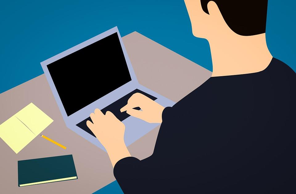 blogging-3094201_960_720.jpg