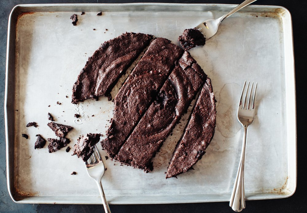 without ice cream | flourless chocolate cake.jpg