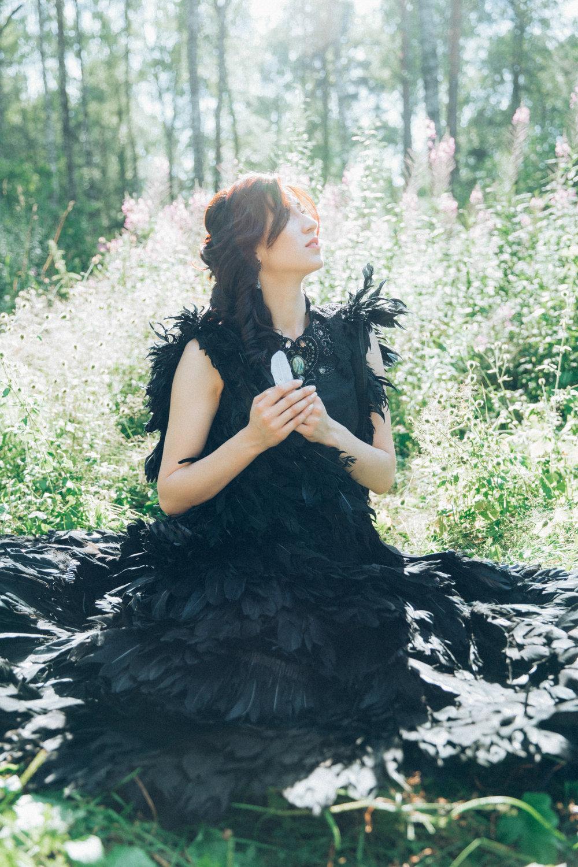 nature girl grass www.ivanova.photo-46.jpg