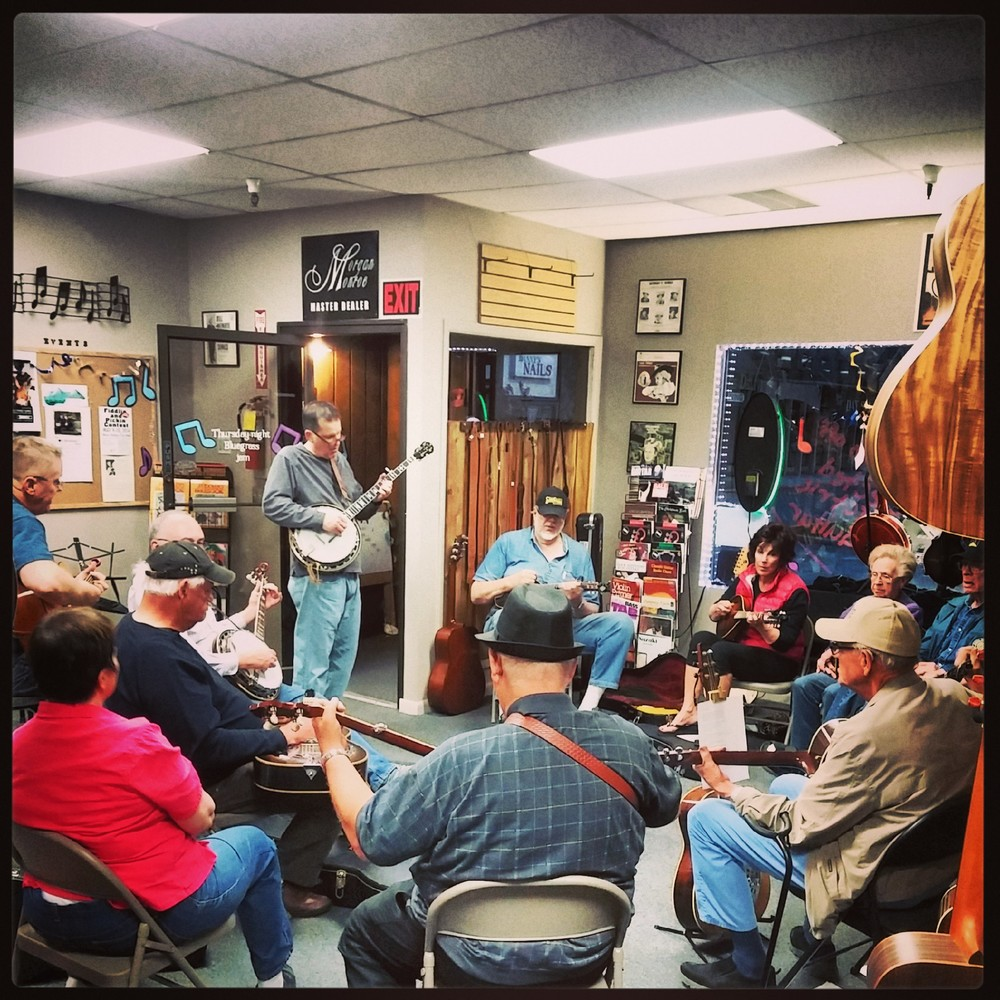 Thursday Jam Night always brings in a great crowd!