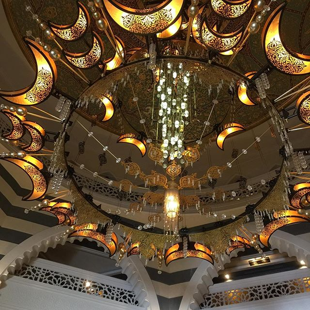The chandelier in the lobby...wow