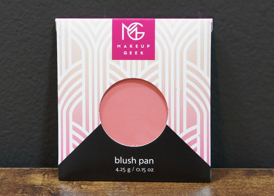 BoxyCharm-November2016-MUG Blush.jpg