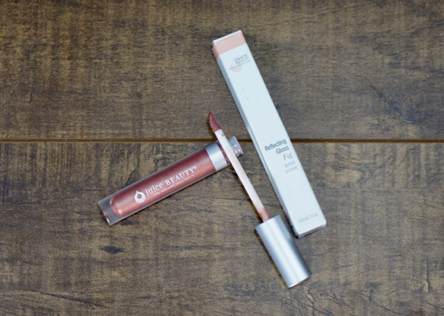 BoxyCharm-Feb-2017-Juice Beauty Gloss11.jpg