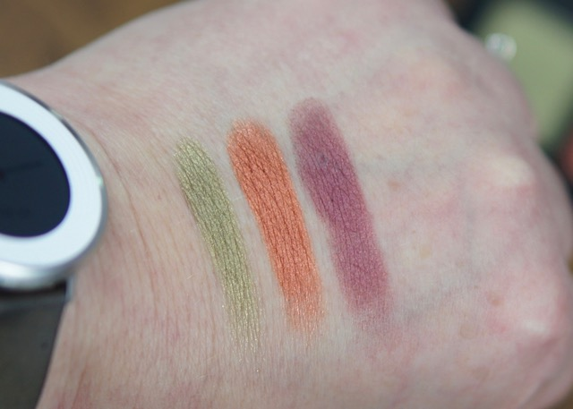 BoxyCharm-March-2017-Naked Cosmetics-swatch2.jpg