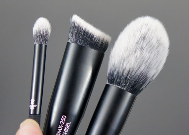 BoxyCharm-August 2017-Beach Please-MODA Pro-Brushes5.jpg