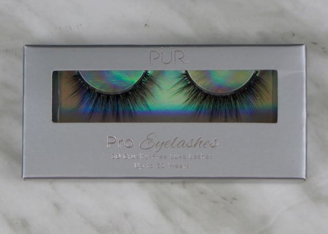 BoxyCharm-August 2017-Beach Please-PUR-Eelashes-Diva1.jpg