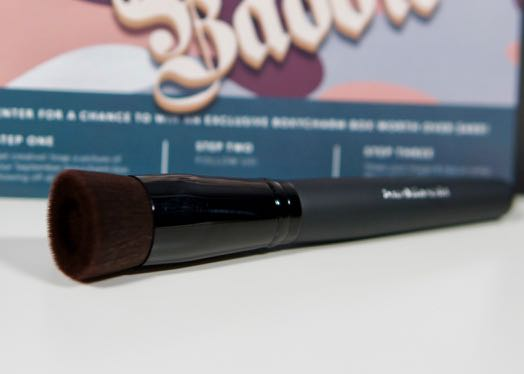 September BoxyCharm - Boxy Baddie-bareMinerals-Brush1.jpg