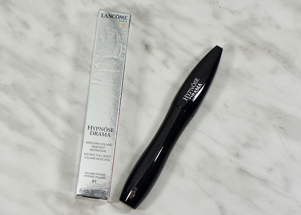 I choose to pick up the Lancome Hypnose Drama mascara from the SDM Mascara Sampler I picked up in 2016...