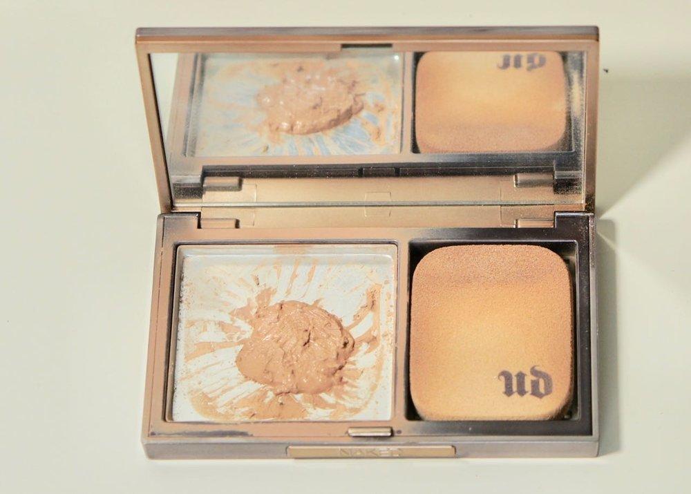 Urban Decay Naked Skin Ultra Definition Powder Foundation - Light NeutralDSC00652.jpg