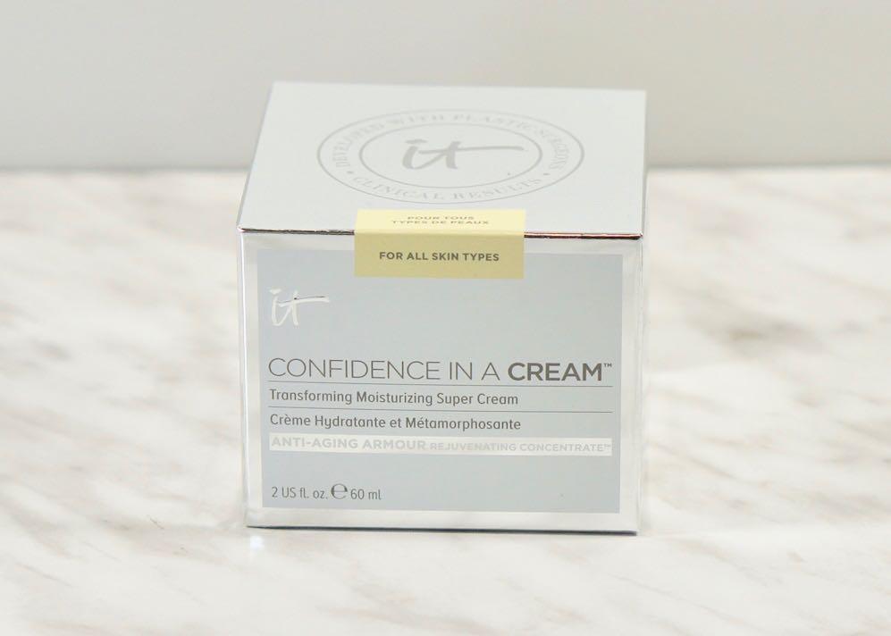 March 2018 Boxyluxe-la vie en rose-It Cosmetics-Confidence in a CreamMarch 2018 Boxyluxe-la vie en roseDSC00738.jpg