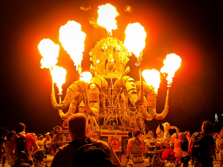 el-pulpo-burning-man-matador-seo-940x705.jpg