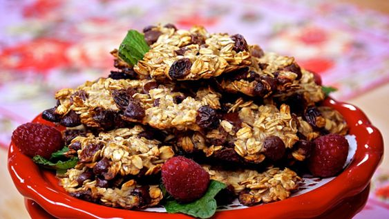 Laura Theodore 4 Ingredient Oatmeal Choc Cookies.jpg
