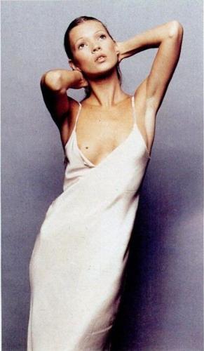 Kate-Moss-1992-slip-dress-90s-iconic.jpg