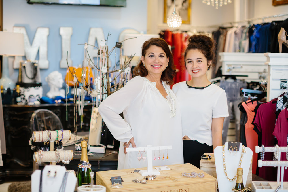Lisa & Natalie Henley: Clothing & Accessories
