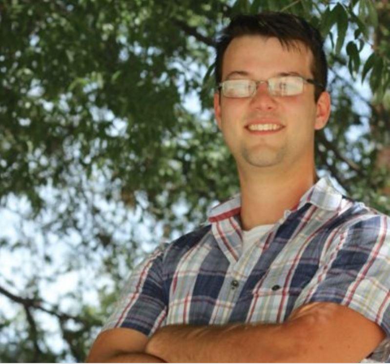 Scott Emigh, Editor-in-Chief Record: 18-8, 69.2%