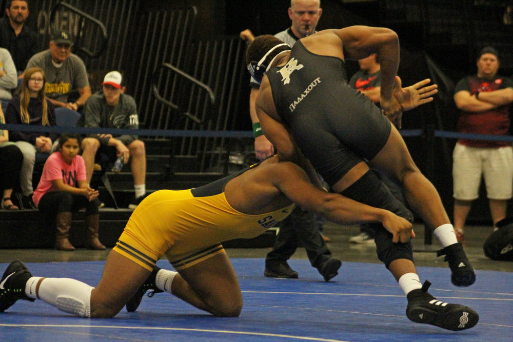 One of the biggest matches of the week; No. 1 Delvin Jordan defeated returning State Champion Skyler Haynes 4-3. (Photo: Scott Emigh)