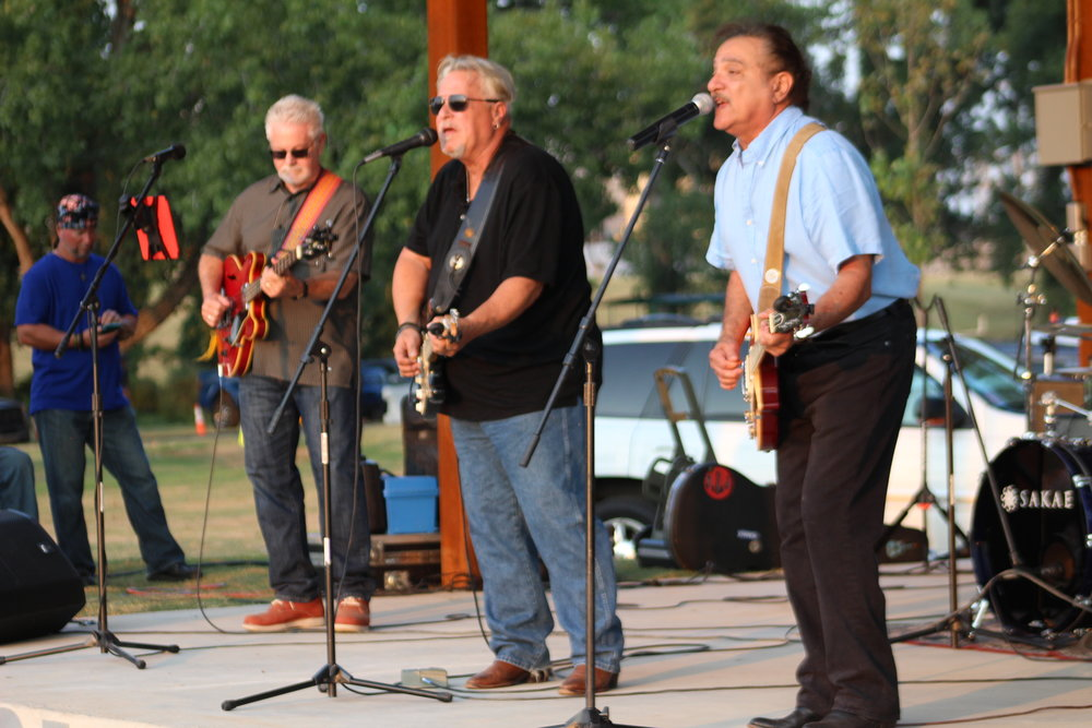 The Rogues Five reunited in their home town to headline the Riverfest celebration.  Click here to view Riverfest photo gallery.