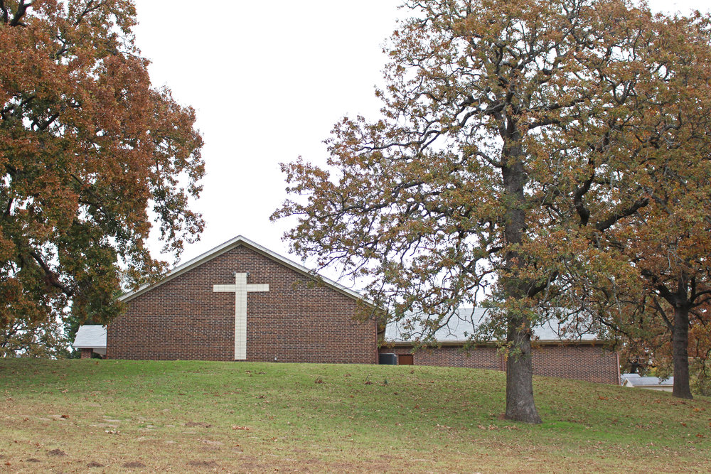 Lakeside church of christ 619 North Woodland Drive