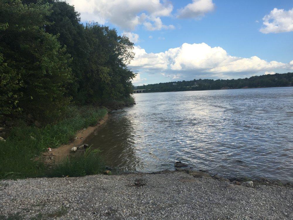 Arkansas River access inside Case Community Park 170811 (Scott Emigh) 002.jpg