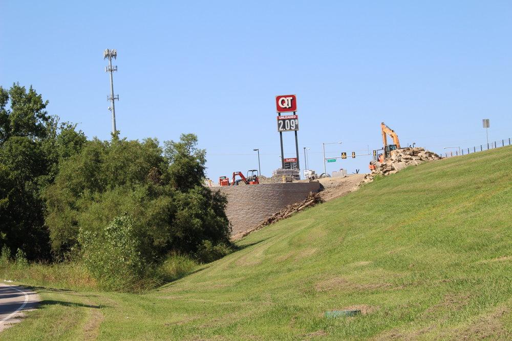 QuikTrip demolition 170823 (Scott Emigh) 002.JPG