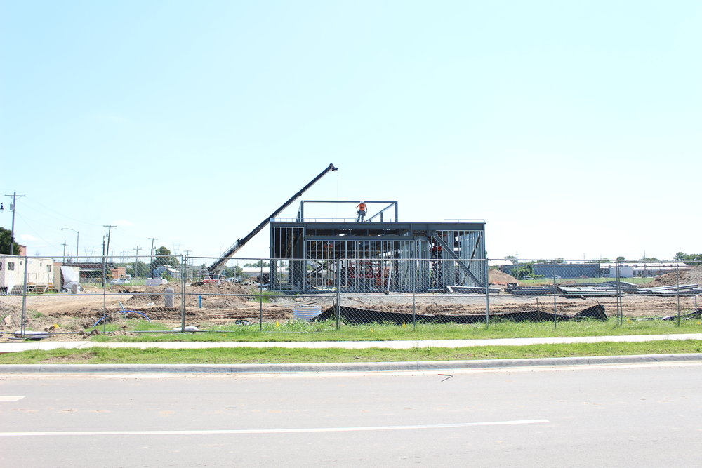 Warren Clinic and Emergency Services construction in River West 170823 (Scott Emigh) 002.JPG