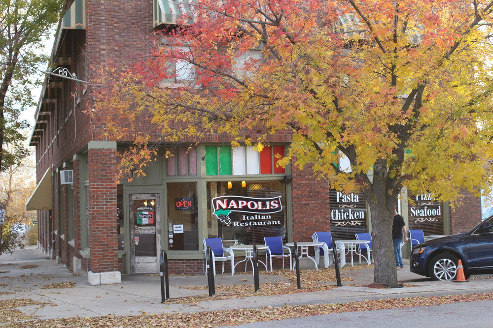 napolis italian restaurant - downtown 28 east broadway street