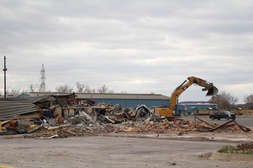 Demolition at Sheffield Crossing 171128 (Scott Emigh).JPG