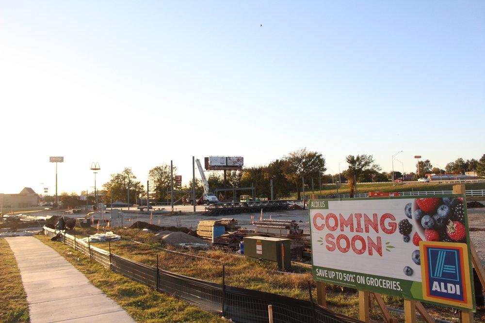 Future site of ALDI grocery store 171102 (Scott Emigh).JPG