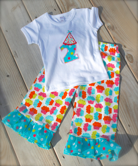 cupcake pants.png
