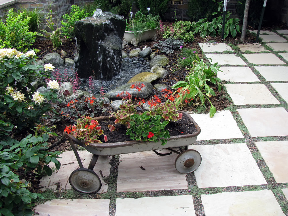 CUSTOME WATER FOUNTAIN, PATIO AND LANDSCAPE.jpg