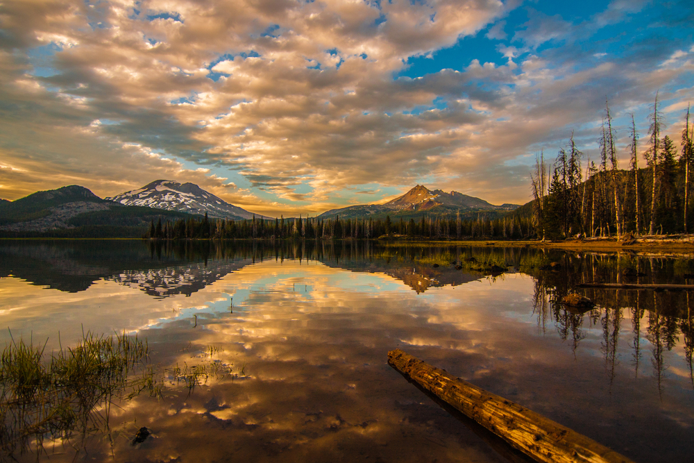 South Sister, Broken Top and Sparks Lake, Oregon
