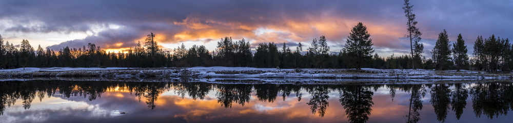 Sunrise on the Deschutes River, Oregon, 2016