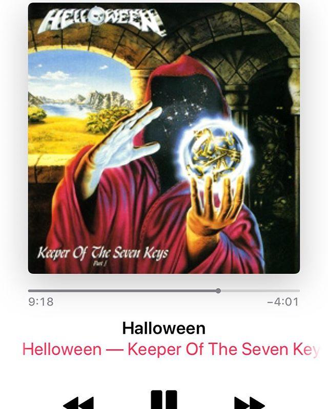 Seems appropriate 🤔#happyhelloween #halloweenisformetal #halloweenismetal #helloween #happyhalloween #powermetal #metal