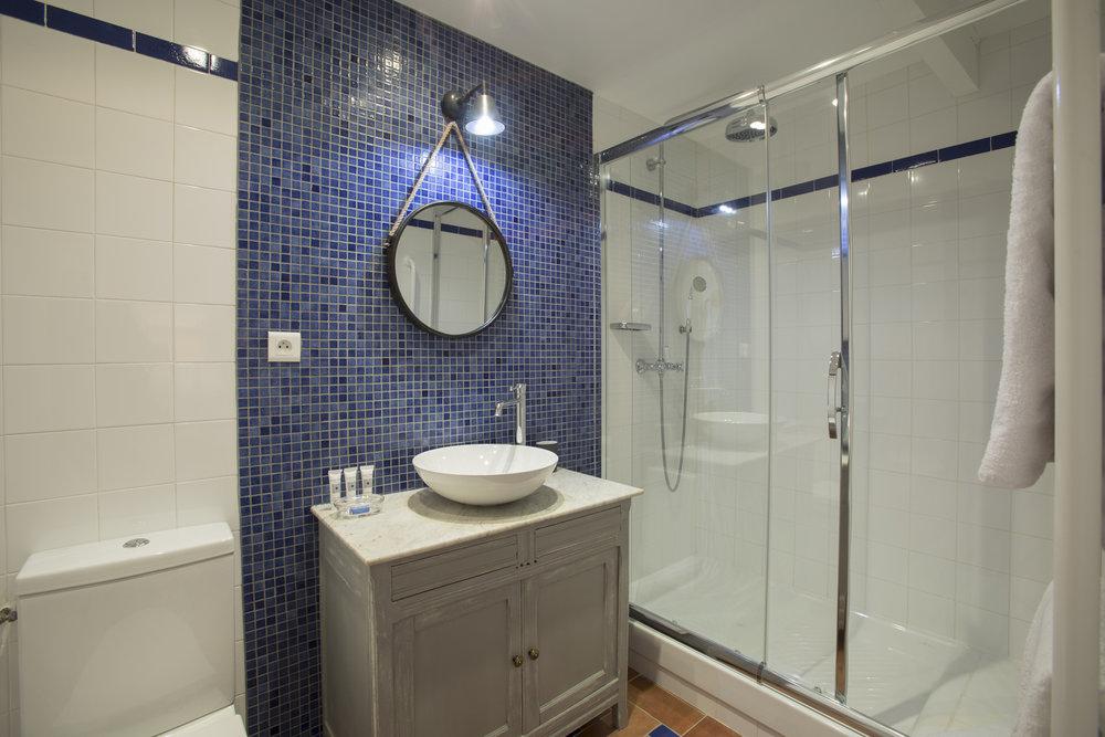 Salagou salle de bain
