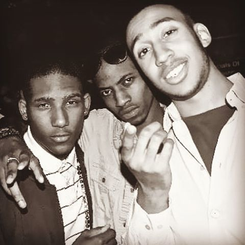 Last #TBT of 2015 - this must have been 2010/2011 - with 2 future legendary producers. @iamtheblinkie - one with a banger killin radio with more to come, 1 working on a breakthrough album. As for me, my new tape The Lost Chapter Coming Soon, produced by @juniatofsb - it's important to move forward but never forget to measure the progress. #Family #Progressive #TheLostChapter #BenjaminAD - Mandatory Mantra out NOW - Official Audio - https://soundcloud.com/benjaminad/mandatorymantra - #HipHop #AlternativeHipHop #Mantra #Spiritual