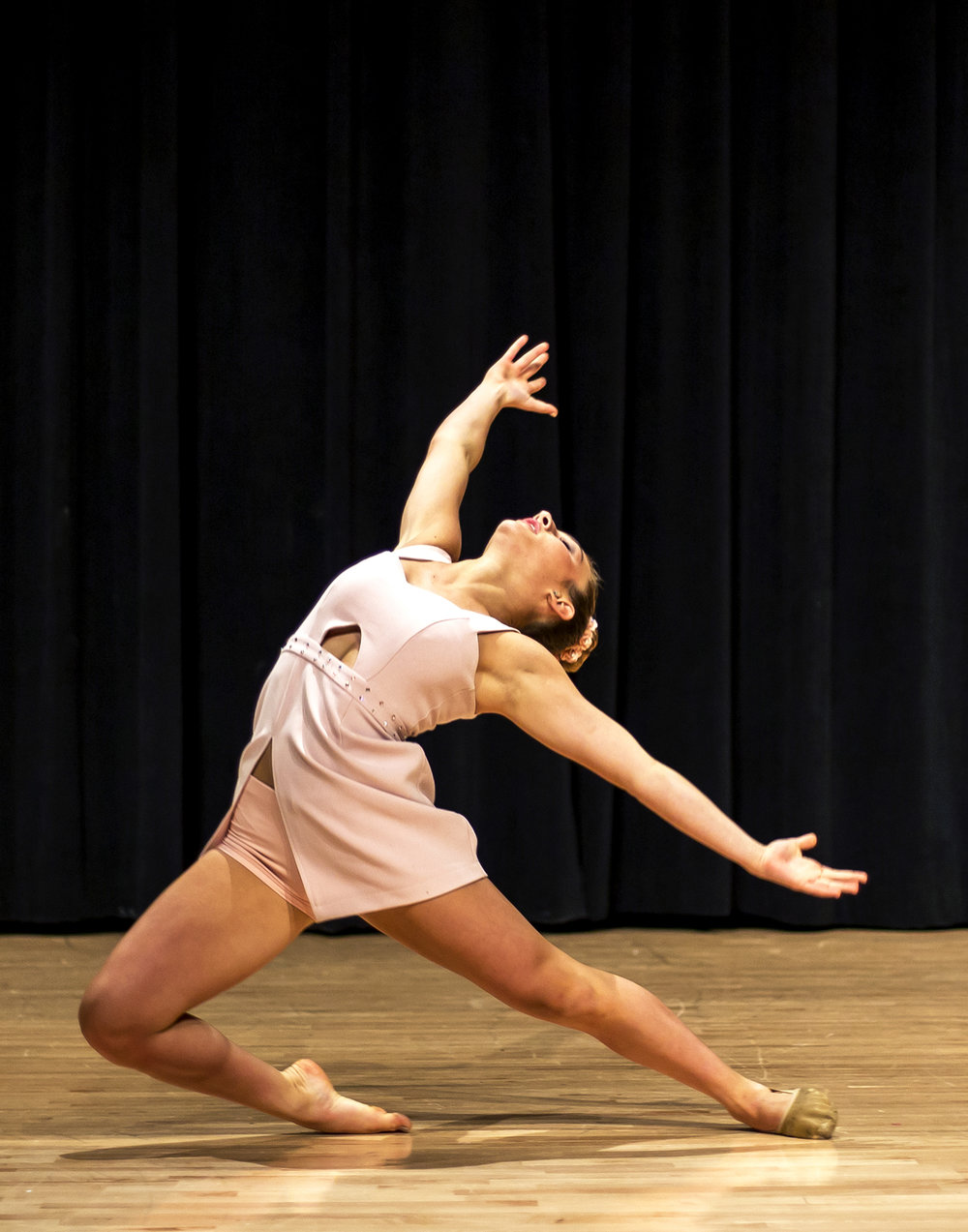 danceshowcase16.jpg