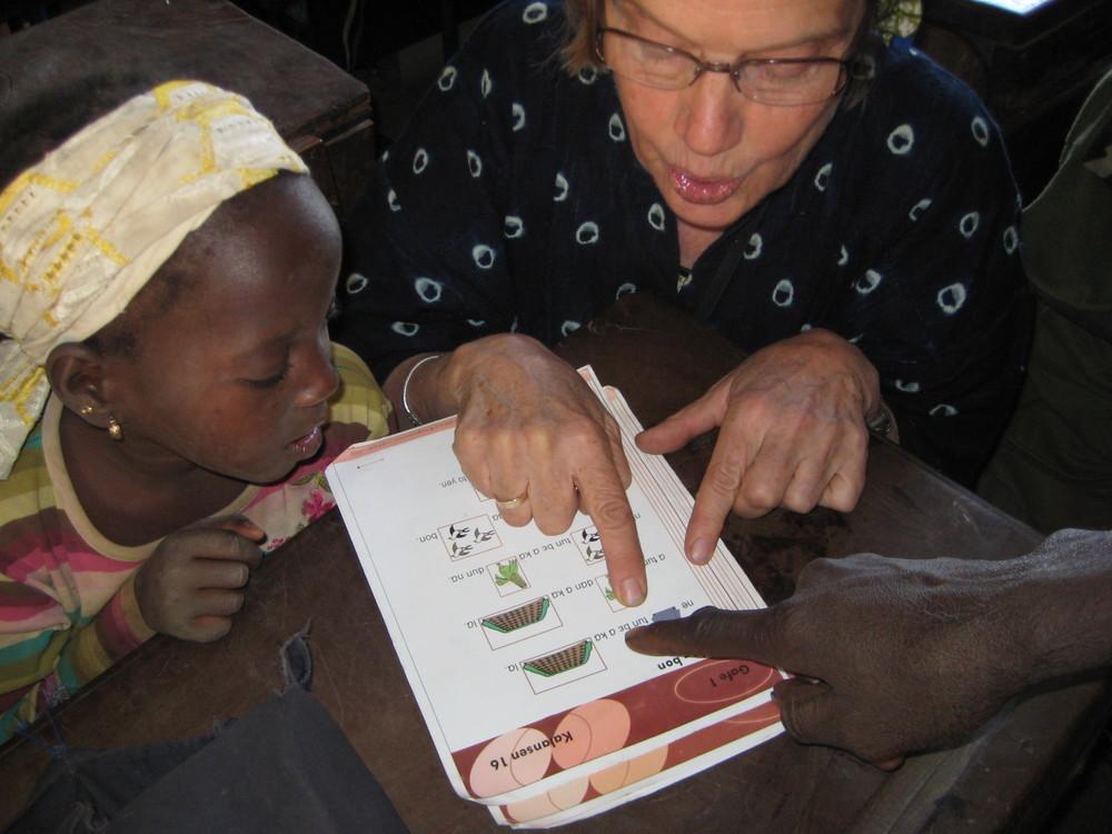 Learning to read Bambara.
