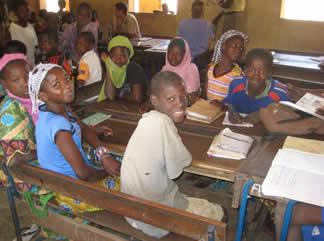 Medicine-For-Mali-Scholarship (1).jpg