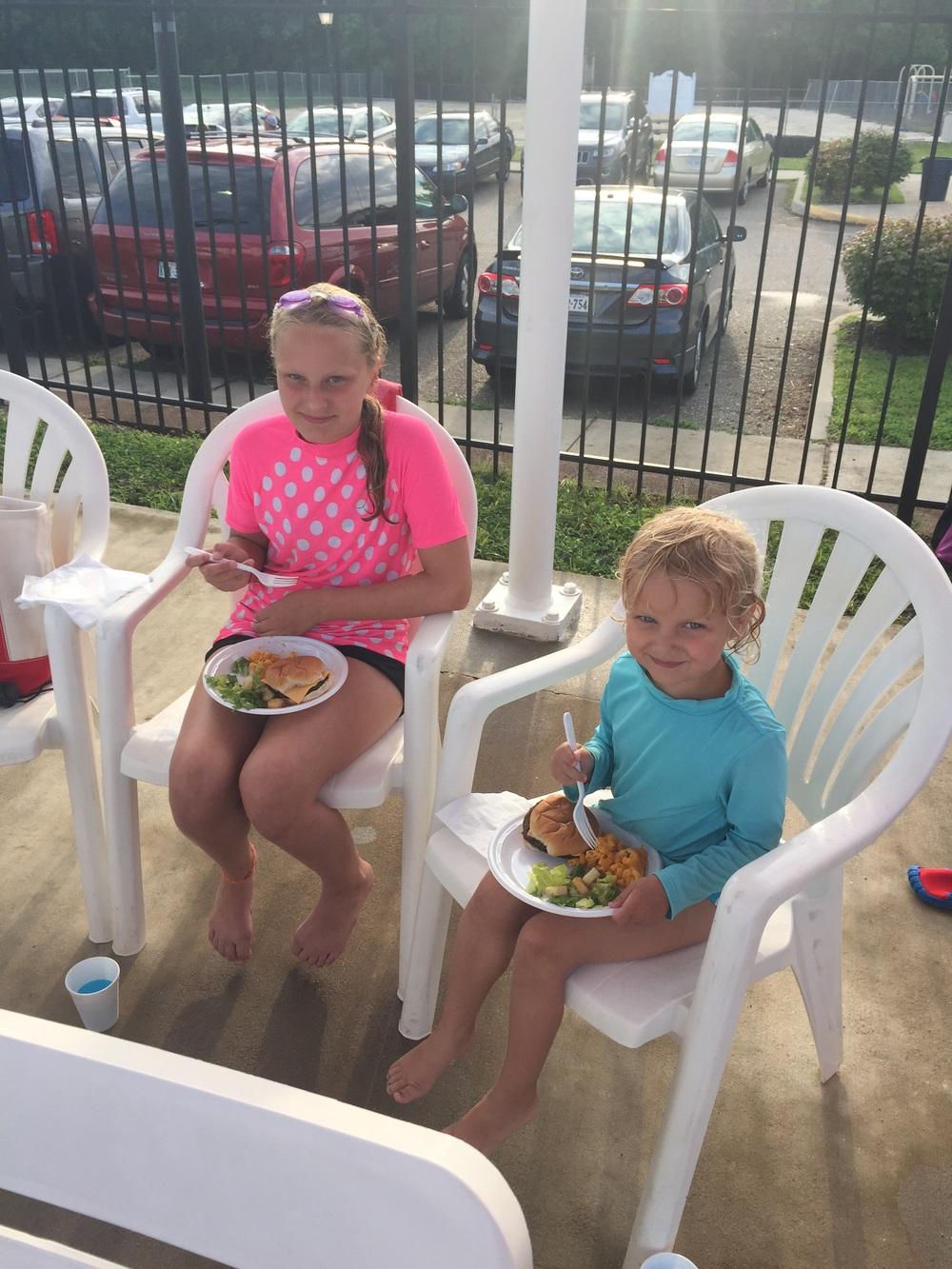 The girls, having dinner