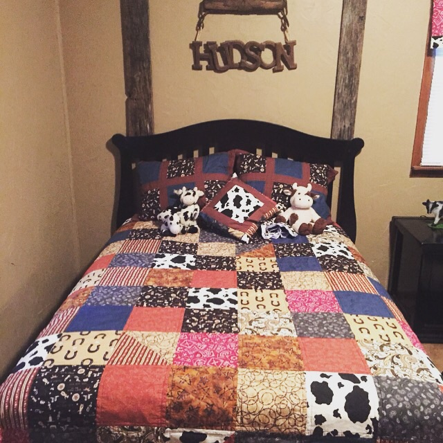 A quilt project I finished recently.  I made the quilt, shams, and decorative pillow.  This picture is from my customer.